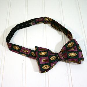 Vintage NEIMAN MARCUS Retro Rectangles Bow Tie